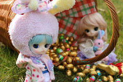 Happy Easter ! (Little.Darki) Tags: blue white easter doll chocolate dal cm bleu wig 23 10th aniversary cinnamoroll chocolat perruque pques sbhs soocute leeke obitsu 23cm rewigged obitsued