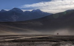 sunrise walk chile (mariusz kluzniak) Tags: chile people mist mountains america sunrise lens couple view desert zoom walk sony south north super southern atacama dust alpha northern distant lenses 580 a580 7040mm
