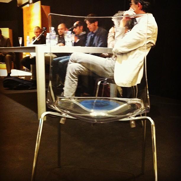 Discorsi dietro la sedia. #designtalk