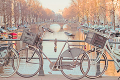 "Canal Bicycles • <a style=""font-size:0.8em;"" href=""https://www.flickr.com/photos/41772031@N08/8686258854/"" target=""_blank"">View on Flickr</a>"