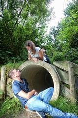 Hannah & Manoach (Manuel Speksnijder) Tags: stadspark park loveshoot hannah manoach schothorst people buis speeltuin love