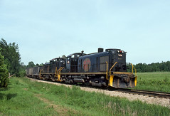 DM0024 (ex127so) Tags: dm national city mi 1981 rs3