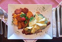 Schnitzel Florida (oldhamburg) Tags: germanrestaurant oldhamburg schnitzel schnitzelhaus specials