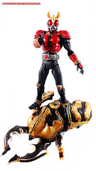 Kamen Rider Kuuga and Gouram Mobile Wallpaper 1 (BerserkFlow) Tags: sic superimaginativechogokin kamen rider kuuga toy action figure mighty form amazing gouram shfiguarts bandai masked volume vol 56 decade