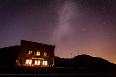 Chalet du Col de la Croix de Fer (wanajo38) Tags: stars voie lacte montagnes nuit etoiles coldelacroixdefer saintsorlindarves