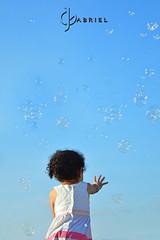 Dia de bolinha de sabo com Ela. #Filha #Amormeu (joaogabriel_fotografia) Tags: amormeu filha