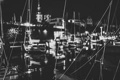 Harbour nights (mripp) Tags: harbour hafen ships schiffe night nacht black white mono monochrom bokeh art kunst schwarz schwarzweiss sony alpha 7rii leica summicorn 50 urban city stadt