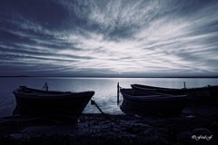 ...Les Barques... (fredf34) Tags: monochrome dark darkserie bw nb blackandwhite noiretblanc barques sunset thau panorama landscape paysage sun soleil tangdethau hrault languedocroussillon fredf34 fredfu34 k3 pentaxk3 pentax fredf france nature natur sigma 1850 sigma1850f28 bassindethau beautifulearth calme light ricoh ricohpentaxk3 contrejour tang clouds fotopro fotopromga684n water sea pond sky boats clairobscur