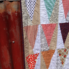 Trail Marker Quilt (GertrudeMADE) Tags: triangle quilt line trail quilting marker improv straight