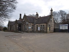 Pitlochry - 31-03-2013 (agcthoms) Tags: station scotland perthshire railways pitlochry