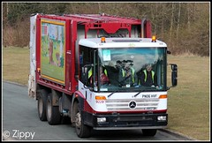 'Ave the Bin Men 'Bin Mam? (Zippy's Revenge) Tags: truck mercedes collection mercedesbenz council waste refuse recycling dustbin hgv binmen 9229 heavygoodsvehicle econic wigancouncil shitshifters pn06hvf