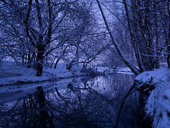 Night River Path... (trm42) Tags: trees snow reflection river evening helsinki snowing puro ilta heijastus joki puut lumisade