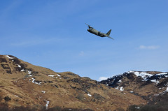 Incoming (Mark McKie) Tags: snow plane scotland nikon bluesky hills hercules raf galloway glentrool gallowayhills wigtownshire nikond90