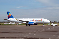 Small Planet Airlines,  A.320 at London Southend. (piktaker) Tags: jet airbus essex southend sen southendonsea airbusa320 jetairliner smallplanet egmc londonsouthendairport p4uas exastana