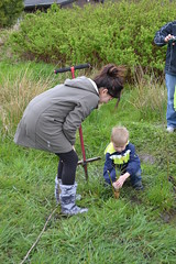 Rachel getting some help planting slough sedge. (BCWF Wetlands Education Program) Tags: bc columbia restoration british slough langley township wetland sedge wep citizenscience bcwf wetlandseducationprogram langleyenvironmentalpartnersociety