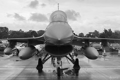 Belgian F-16AM (Wipeout Dave) Tags: blackandwhite aircraft aeroplane airshow djs airdisplay raffairford internationalairtattoo belgianaircomponent 31squadron lockheedmartinf16am wipeoutdave canoneos1100d djs2012