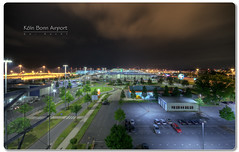 Koln Bonn Airport bei Nacht (Lowfloater Photography) Tags: sky architecture night clouds photoshop canon germany deutschland lights airport mac raw imac nacht cologne himmel wolken sigma kln nrw flughafen 1020mm hdr cs3 photomatix sigma1020mmf456exdchsm sigmalenses photoshopcs3 lowfloater
