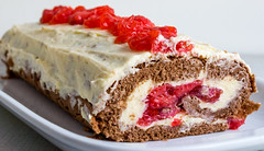 Strawberry Roll Cake 1 (Travn0Shik) Tags: food cakes cake fruit strawberry roll