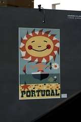 Exposio 36 cartazes do Turismo em Portugal no Aeroporto de Lisboa (ANA Aeroportos de Portugal) Tags: lisboa lisbon culture cultura cartazes exposio publicidade airportshopping lisbonairp