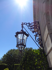 Sun on lamp (c_nilsen) Tags: california house lamp architecture digital mansion digitalphoto hillsborough sanmateocounty carolands