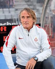 Jan Olde Riekerink (l3o_) Tags: galatasaray sar krmz red yellow aarhus football jan olde riekerink