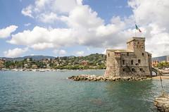 IMGP9039 (fLobOOk) Tags: rapallo italie italia ligurie liguria europe poulpe santa margherita ligure plage portofino eau turquoise