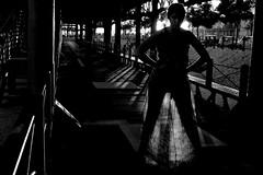 Sole 5 (Jezabel Galn) Tags: modelo model mujer woman huelva ra muelle del tinto luz light jezabel sky canon rflex negro y blanco