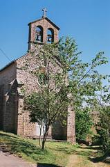 Eglise de Cros-Garnon (eflyfree) Tags: argentique byeflyfree caussenoir dxo france fujicolor200 iso200 nikkormat nikkormatft2 nikon