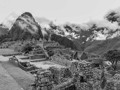 Welcome to the 7th wonder of the world (Charlie2012RTW) Tags: sky mountains peru machupicchu caminodelinca
