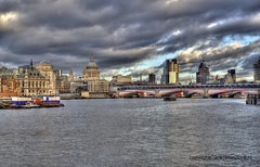"Thames • <a style=""font-size:0.8em;"" href=""http://www.flickr.com/photos/45090765@N05/8618969733/"" target=""_blank"">View on Flickr</a>"