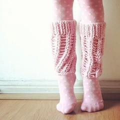 Polainas tejidas de bailarina/ knitted ballerina leg warmers. (~ tilde ~) Tags: pink square squareformat rise bailarina rosado tejido iphoneography instagramapp knitdiyballetballerina