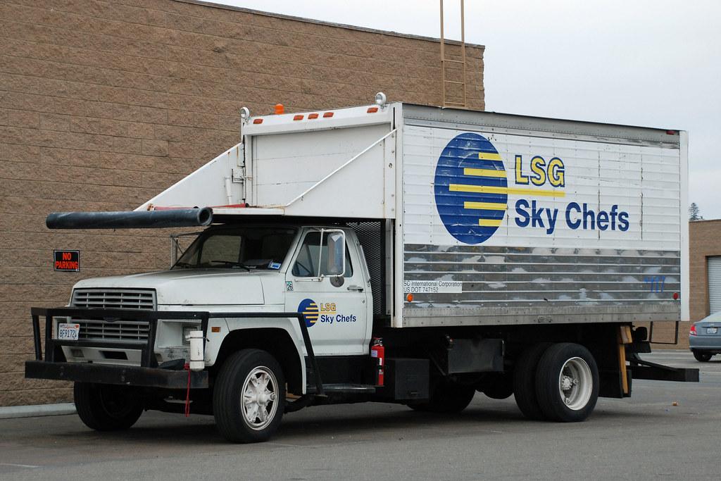 Sky Chefs Lsg Plane Food Truck