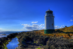 WARREN POINT LIGHTHOUSE, GREENCASTLE, INISHOWEN, CO.DONEGAL, IRELAND. (ZACERIN) Tags: golf point course in  point course ireland warren lighthouse lighthouse lighthouses lighthouses zacerin inishowen inishowen greencastle codonegal