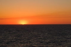 "2013-109 Sunset at Vanishing point (GwenWeber ""Way, way behind!"") Tags: ocean sunset orange water vanishingpoint odc"