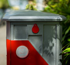 L1000985 (Avesh Vather) Tags: new leica wasp post box auckland zealand 50 summilux m240