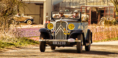 Classic Bollenrit (gill4kleuren - 11 ml views) Tags: classic car tulips rit sly bollen lisse