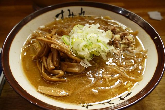 「すみれ」の味噌ラーメン|すみれ札幌すすきの店
