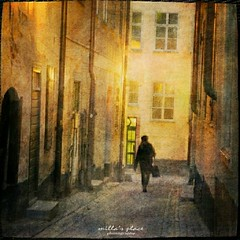 Hazy Dusk (Milla's Place) Tags: street city windows woman mist fog buildings person alley doors sweden stockholm dusk textures alleyway gamlastan oldtown textured photomix millasplace distressedjewell kerstinfrankart lenabemanna ramllep creativephotocafe