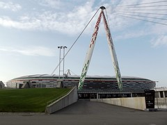 JUVENTUS STADIUM (Bruno Vigan) Tags: field torino stadium soccer turin juventus