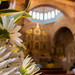 "Flores en la iglesia • <a style=""font-size:0.8em;"" href=""https://www.flickr.com/photos/18785454@N00/8710449841/"" target=""_blank"">View on Flickr</a>"