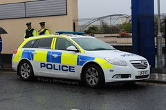 Police Service Northern Ireland / JFZ 5171 / Vauxhall Insignia Estate / Incident Response Vehicle (Nick 999) Tags: blue ireland light bar lights estate police led vehicle leds service irv emergency insignia northern incident vauxhall portrush response sirens psni 5171 jfz