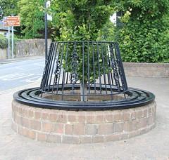 Happy Bench Monday (stepheneverettuk) Tags: stone canon bench wroughtiron ornate efs1785mmf456isusm ayrshire hbm westernscotland alloway 60d steveeverett happybenchmonday