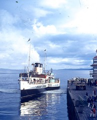 P.S. Waverley Dunoon Pier 1969 (JimGer947) Tags: ps waverley dunoon pier 1969 paddle steamer river clyde
