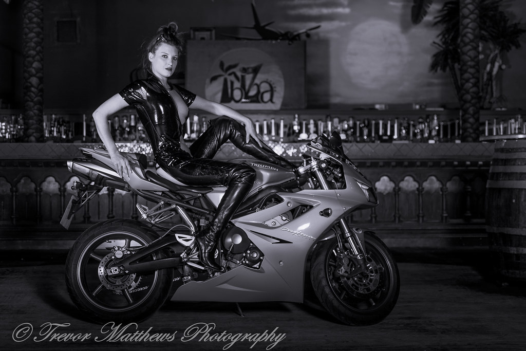daytona-bike-pics-of-naked-chics
