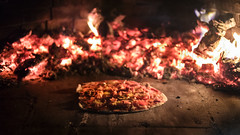 For you, I can roast in Hell. (Louis Lefranc) Tags: pizza homemade oven fire bokeh canon 18 6d ash wood italia puglia cooking food pornfood ham