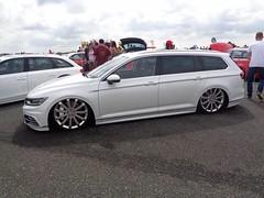 VW Passat Variant (911gt2rs) Tags: treffen meeting show tuning tief low stance airride b8 3g kombi rline weis white maybach felgen