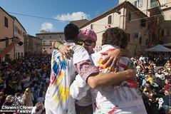 Clown&Clown Festival - Monte San Giusto (Clown&Clown Festival) Tags: 2015 abbracci clown clownclown festival montesangiusto cittàdelsorriso marche