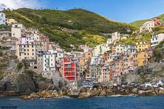 Riomaggiore (Ivan_Sanchez) Tags: color riomaggiore cinqueterre