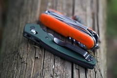 IMG_1017 (liam noble) Tags: benchmade benchmade940 benchmade940blk knife pocketknife flodingknife edc pocketdump everydaycarry sak victorinox swissarmyknife cybertool