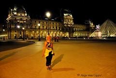 Louvre at night - I am in Paris - Paris - France (Anja von Egger ) Tags: paris anjavonegger louvre iaminparis france francja anjainparis
